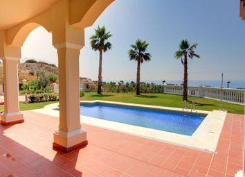 Thumbnail 4 bed villa for sale in Selwo, Estepona, Malaga