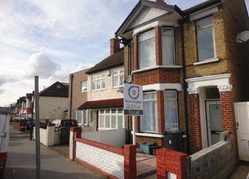 Thumbnail Studio to rent in Whitehall Road, Thornton Heath, Surrey