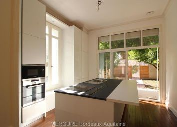 Thumbnail 4 bed apartment for sale in Bordeaux, Aquitaine, 33000, France