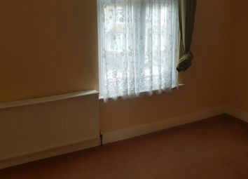 Thumbnail 3 bed flat to rent in Grangewood Avenue, Rainham