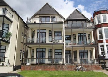 Thumbnail 1 bed flat to rent in 11 The Leas, Westcliff On Sea, Essex