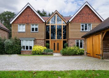 Butterfly Walk, Warlingham, Surrey CR6. 5 bed detached house