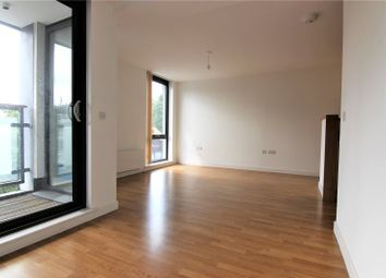 Thumbnail 2 bedroom flat to rent in Triangle Road, London Fields, Hackney
