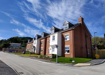 Thumbnail Property for sale in Maes Helyg, Vicarage Road, Llangollen