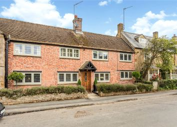 Church Street, Kingham, Chipping Norton, Oxfordshire OX7. 3 bed property for sale