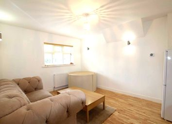 Thumbnail 1 bed flat to rent in Lionel Road North, Brentford