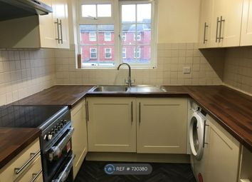 2 bed flat to rent in Waters Drive, Staines TW18