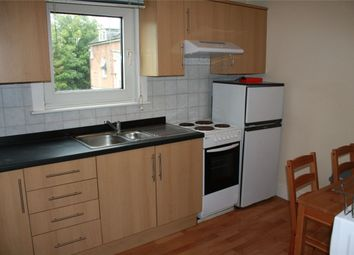 Thumbnail 2 bedroom flat to rent in Ormsby Street, Reading, Berkshire