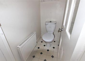 Thumbnail 5 bed flat to rent in Stanlake Road, Shepherd's Bush, London, England