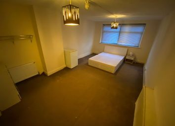Thumbnail 3 bed shared accommodation to rent in Lower Addiscombe Road, Addiscombe, Croydon