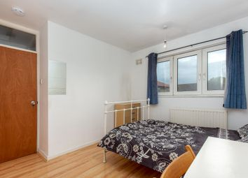 Thumbnail 3 bedroom shared accommodation to rent in Alfred St, London