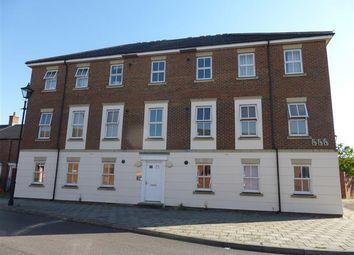 Thumbnail 2 bed flat to rent in Kingsgate, Aylesbury