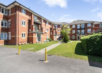 Thumbnail 2 bedroom flat for sale in Archers Road, Shirley, Southampton