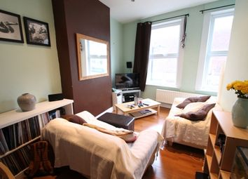 Thumbnail 2 bed flat to rent in Westmorelend Street, London