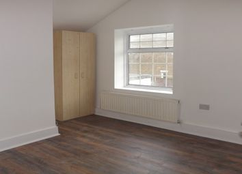 Thumbnail 5 bed property to rent in King Edward Road, London