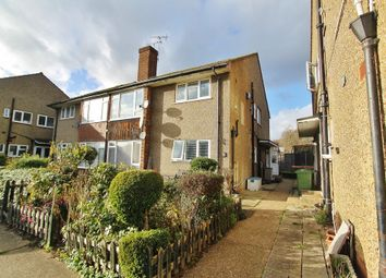 Thumbnail 2 bed maisonette for sale in Eastern Avenue East, Romford