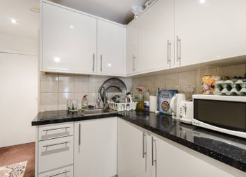 Thumbnail 1 bed flat to rent in Lydford Road, Willesden Green, London