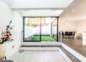 Thumbnail 2 bed flat to rent in Cantelowes Road, Camden Town
