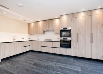 3 bed flat to rent in Woodlands, London NW11