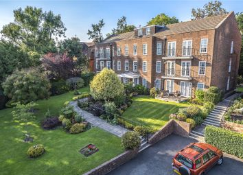 3 bed flat for sale in Ashurst Close, Northwood, Middlesex HA6