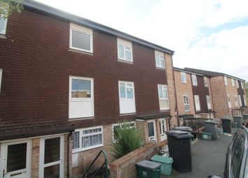 Thumbnail 2 bedroom maisonette to rent in Malvern Drive, Warmley, Bristol