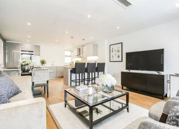 Thumbnail 3 bed flat for sale in Granville Road, Childs Hill, London