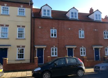 Thumbnail 3 bed town house to rent in Church Street, Gainsborough