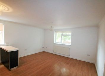 Thumbnail 2 bed flat to rent in Mulgrave Road, East Croydon, Surrey