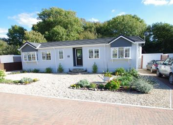 Thumbnail 2 bedroom mobile/park home for sale in Halsinger, Braunton
