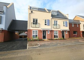 4 bed detached house to rent in Laurens Van Der Post Way, Ashford TN23