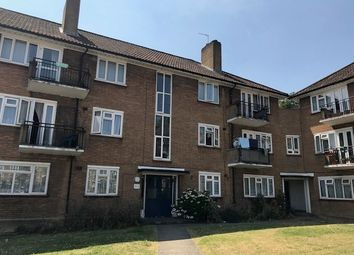 Thumbnail 2 bed flat for sale in Basing Way, East Finchley