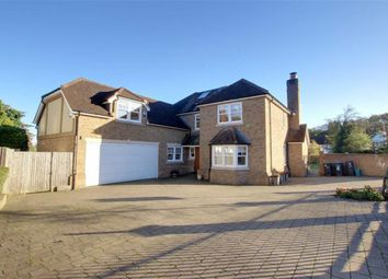 Thumbnail 5 bed detached house to rent in Parkgate Crescent, Barnet