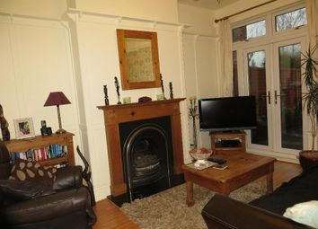 Thumbnail 4 bedroom terraced house for sale in Victoria Avenue, Hull, East Yorkshire
