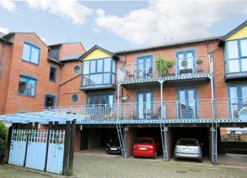 Thumbnail 2 bed flat for sale in Alfredston Place, Wantage
