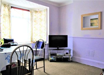 3 bed property to rent in Dale Road, Luton LU1