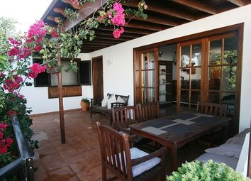 Thumbnail Bungalow for sale in Calle Panama, Costa Teguise, Lanzarote, Canary Islands, Spain
