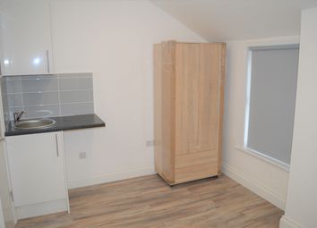 Thumbnail Studio to rent in Finchley Lane, Hendon, London