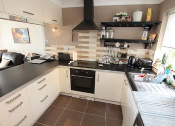 Thumbnail 2 bed flat to rent in Brantwood Court, West Byfleet