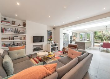 Thumbnail 4 bedroom flat to rent in Thurlow Road, London