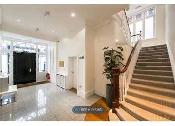 Thumbnail Room to rent in E Fitzjohns Avenue, Hampstead