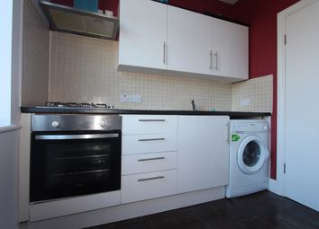 1 bed flat to rent in Hedge Lane, Palmers Green, London N13