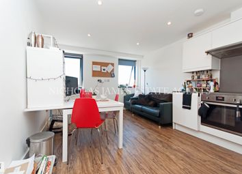 Thumbnail 3 bed flat to rent in Hampden Road, Haringey