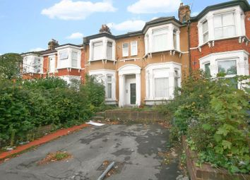Thumbnail 1 bedroom flat for sale in Argyle Road, Ilford