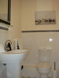 Thumbnail 2 bed flat for sale in Tradewinds, Hull, Hull City Centre