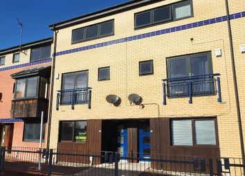 Thumbnail 1 bed flat to rent in Sculcoates Lane, Hull