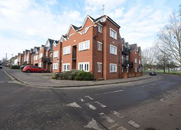 Thumbnail 2 bed flat for sale in Islip Road, Oxford
