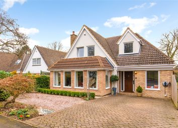 Thumbnail 4 bed detached house for sale in Roundwood Gardens, Harpenden, Hertfordshire