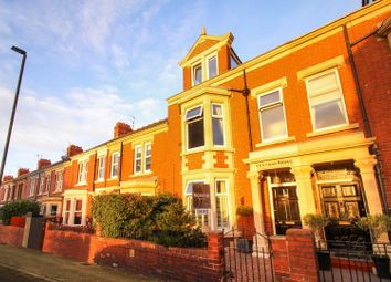 Thumbnail 6 bed terraced house for sale in Park Avenue, Whitley Bay