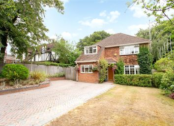 Avenue Road, Farnborough, Hampshire GU14. 5 bed detached house