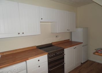 Thumbnail 1 bed property to rent in 18 Westfield Walk, High Wycombe, Buckinghamshire